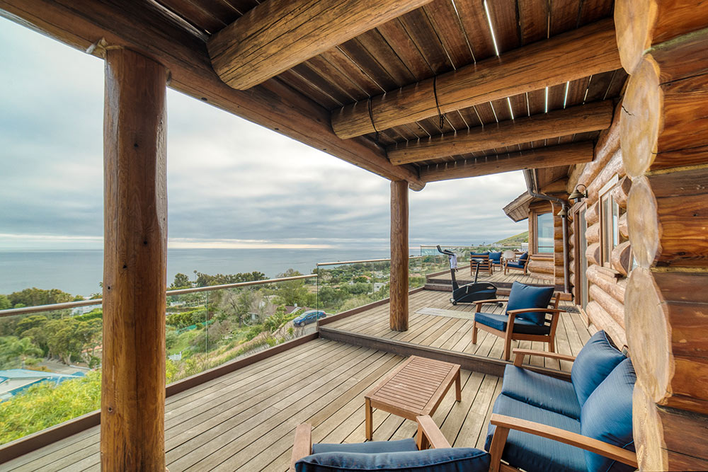 Broad Beach Recovery Center patio
